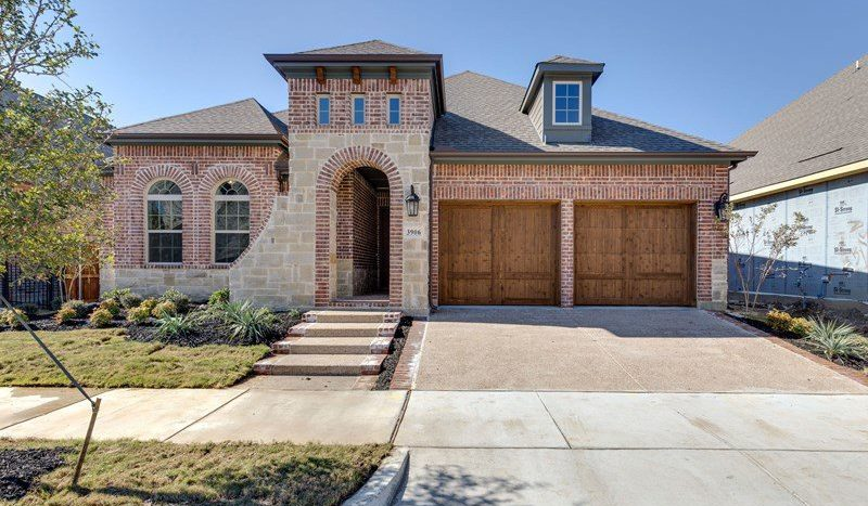 David Weekley Homes Viridian:Viridian Classics subdivision 3906 Marble Fox Trail Arlington TX 76005