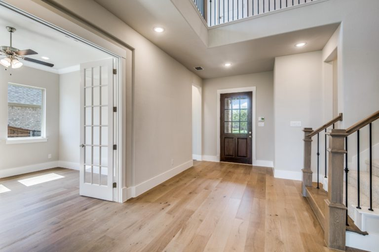 Sliding Door at Family Room to Covered Patio