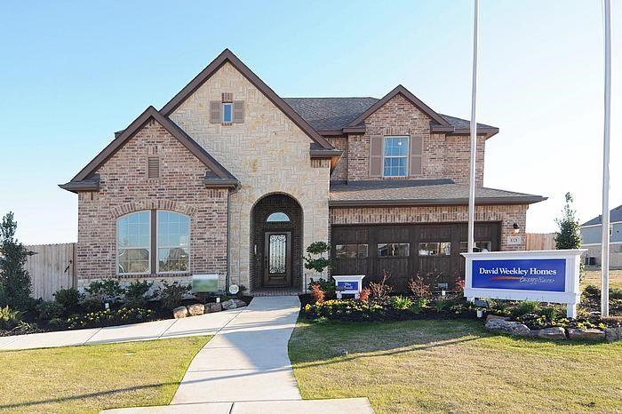 David Weekley Homes Mustang Lakes - Executive Series subdivision 2620 Maverick Way Celina TX 75009