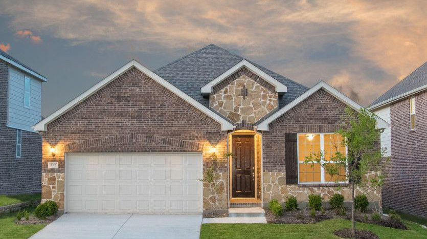 Pulte Homes The Homestead at Ownsby Farms subdivision 3823 Windmill Court Celina TX 75009