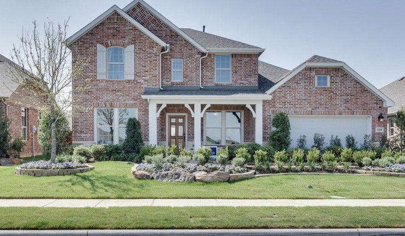 David Weekley Homes Gateway Parks Classic subdivision 1605 Cedar Crest Dr. Forney TX 75126