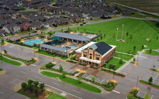 Ashton Woods Gateway Parks subdivision 1824 Purtis Creek Drive Forney TX 75126